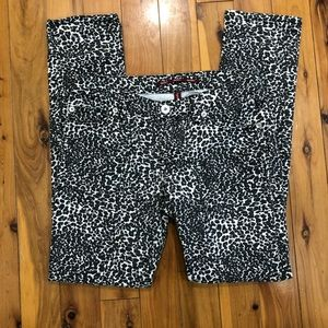 Highway Jeans size 9 leopard print skinny jeans